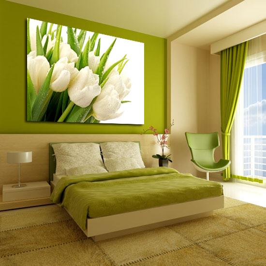 Tanie dodatki do pokoju pozwalają niewielkim kosztem i przy minimalnym wysiłku udekorować ściany